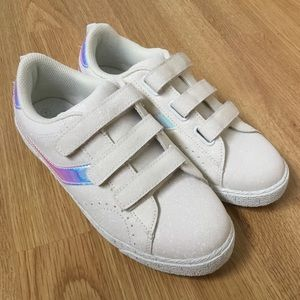 🆕 holographic and sparkly velcro shoes